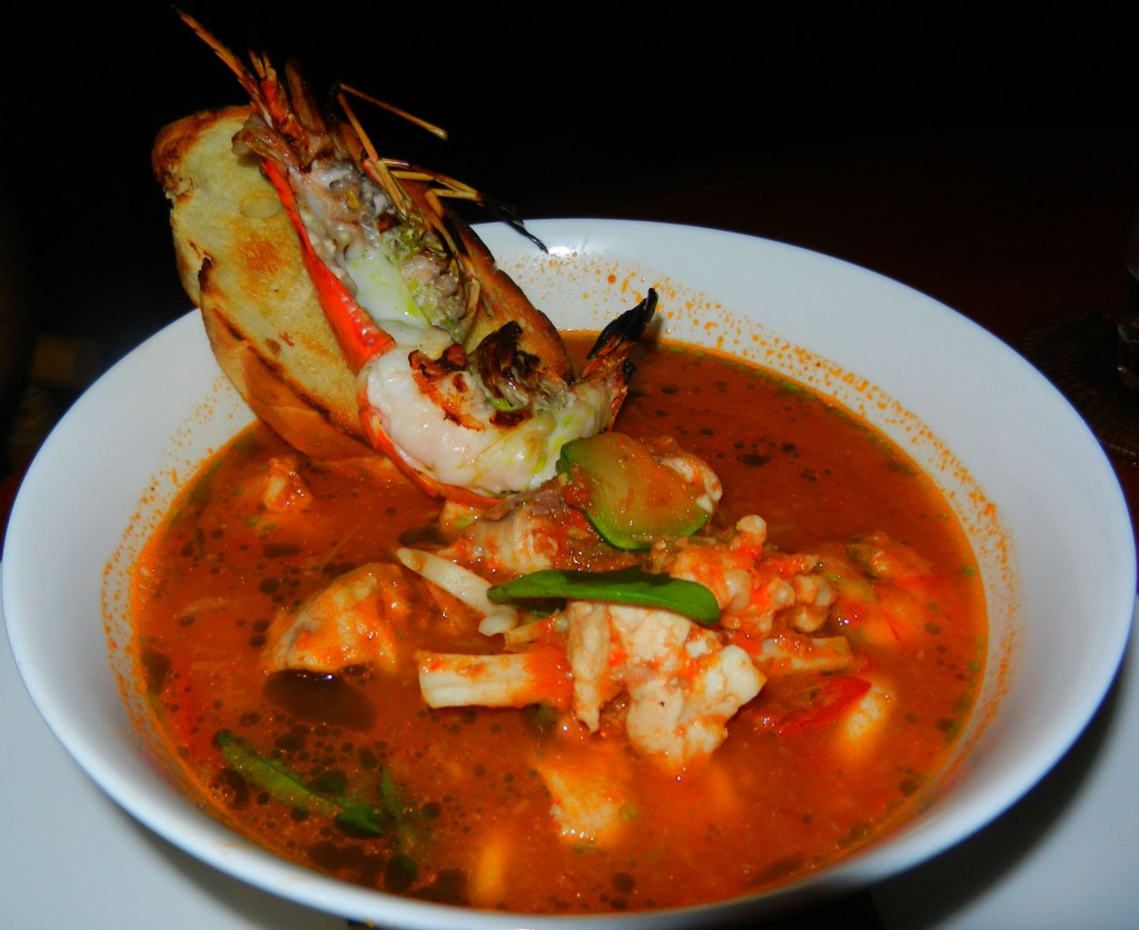 """Perth Restaurant Reviews"" ""Perth food blog"" ""food blog"" Chompchomp ""Gluten free"" ""Fructose malabsorption"" ""Bali restaurant reviews"" ""travel blog"" ""Seminyak restaurant reviews"" ""La Lucciola"" Italian Seminyak ""seafood stew"" scampi prawns snapper calamari chilli sourdough bruschetta"