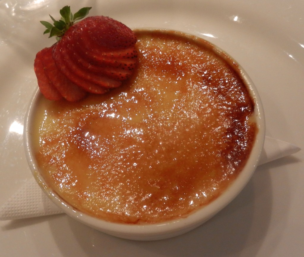 """Lemon crème brûlée"" ""cinnamon crème brûlée"" ""perth Restaurant review"" ""Perth food blog"" ""gluten free"" ""fructose malabsorption"" ""food blog"" Chompchomp ""Bistro Felix"" Subiaco French bistro lunch ""wedding dress"""