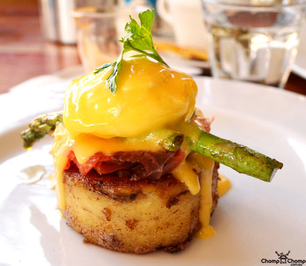 """potato cake"" ""hollandaise"" ""poached egg"" ""asparagus"" ""proscuitto"" ""Perth Restaurant Reviews"" ""Perth food blog"" ""food blog"" ""Chompchomp"" ""Gluten free"" ""Fructose malabsorption"" ""Aubergine Gourmet Foods, South Fremantle"" ""Aubergine"" ""south Fremantle"" ""breakfast"" ""brunch"" ""lunch"" ""fremantle cafes"""