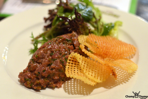 """Steak tartare"" ""Dandaragan organic beef"" ""raw beef"" ""chips"" ""Perth Restaurant Reviews"" ""food photos"" ""Perth food blog"" ""food blog"" ""Chompchomp"" ""Gluten free"" ""Fructose malabsorption"" ""Bistro Guillaume, Crown Metropole Perth"" Bistro Guillaume"" ""Guillaume Brahimi"" ""Crown casino"" ""Crown Perth"" ""Burswood Casino"" ""Burswood"" ""perth"" ""french"" ""bistro"""