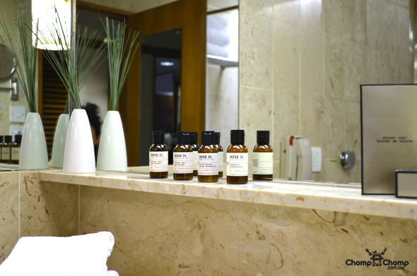 """bathroom"" ""amenities"" ""le labo"" ""rose"" ""Perth Restaurant Reviews"" ""food photos"" ""Perth food blog"" ""food blog"" ""Chompchomp"" ""Gluten free"" ""Fructose malabsorption"" ""Singapore Food blog"" ""Singapore travel blog"" ""asian travel blog"" ""Fairmont Hotel Singapore"" ""Singapore accommodation"" ""Fairmont"" ""Singapore wedding"""