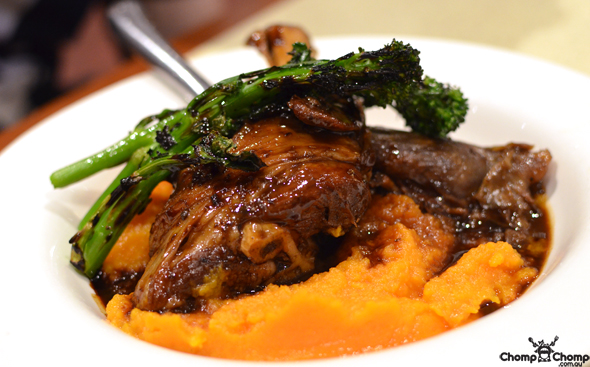 """Slow cooked lamb shank"" ""sweet potato"" ""kumera"" ""broccolini"" ""lamb"" ""Perth Restaurant Reviews"" ""food photos"" ""Perth food blog"" ""food blog"" ""Chompchomp"" ""Gluten free"" ""Fructose malabsorption"" ""pub food"" ""tavern"" ""modern australia"" ""pub restaurant"" ""como"" ""Karalee on Preston, Como"" ""South Perth"" ""sports bar"" ""Perth pubs"" ""perth hotels"""