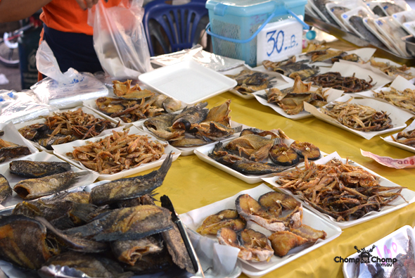 """street food"" ""dried fish"" ""Perth Restaurant Reviews"" ""food photos"" ""Perth food blog"" ""food blog"" ""Chompchomp"" ""Gluten free"" ""Fructose malabsorption"" ""Phuket Food blog"" ""Phuket restaurant reviews"" ""travel blog"" ""Thailand"" ""Thailand travel blog"" ""Phuket restaurants"" ""Phuket food blog"" ""Phuket restaurant reviews"" ""Phuket Night Markets"" ""phuket shopping"" ""phuket markets"" ""Thai food"" ""Thai"" ""Tung ka cafe"" ""Tung ka"" ""city views"" ""phuket attractions"" ""Talad tai rot"" ""phuket town"""