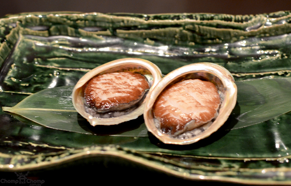 """Live Tasmanian Abalone"" ""Abalone"" ""Perth Restaurant Reviews"" ""food photos"" ""Perth food blog"" ""food blog"" ""Chompchomp"" ""Gluten free"" ""Fructose malabsorption"" ""Singapore Food blog"" ""Singapore restaurant reviews"" ""travel blog"" ""Singapore"" ""Singapore travel blog"" ""Singapore restaurants"" ""Singapore food blog"" ""Singapore restaurant reviews"" ""Singapore attractions"" ""fine dining"" ""fine dining Singapore"" ""Waku ghin"" ""waku ghin singapore"" ""tetsuya singapore"" ""tetsuya"" ""Japanese french fusion"" ""japanese restaurants"" ""french restaurants"" ""marina bay sands"" ""MBS singapore"" ""celebrity restaurant"""