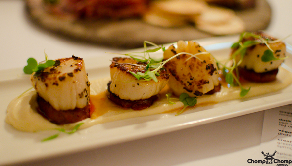 """Seared scallops"" ""chorizo"" ""cauliflower purée"" ""Perth Restaurant Reviews"" ""food photos"" ""Perth food blog"" ""food blog"" ""Chompchomp"" ""Gluten free"" ""Fructose malabsorption"" ""Perth bars"" ""Perth restaurants"" ""Perth food reviews"" ""casual dining"" ""vegetarian"" ""Perth pubs"" ""pub food"" ""Guildford"" ""Swan Valley"" ""Rose & Crown"" ""Rose and Crown"" ""Rose & Crown Guildford"" ""Guildford gluten free"" ""Guildford pubs"" ""Swan Valley pubs"" ""Swan Valley gluten free"" ""team building"""