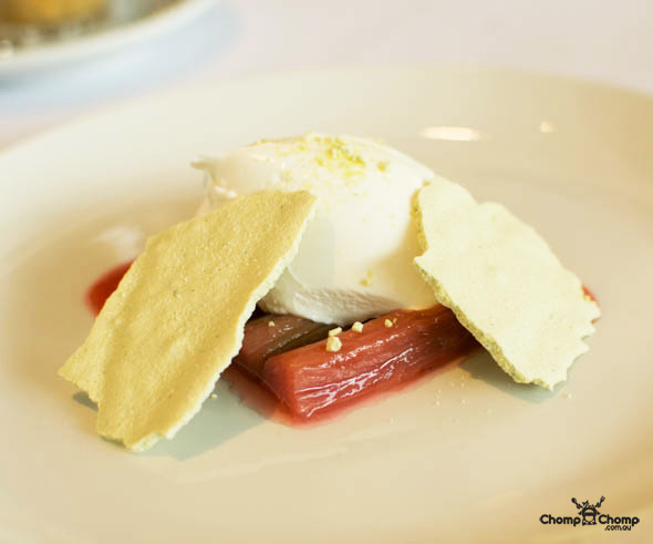 """poached rhubarb"" ""meringue"" ""mascarpone"" ""perth restaurant reviews"" ""perth restaurants"" ""perth gluten free"" ""perth fructose friendly"" ""perth food reviews"" ""restaurants perth"" ""food photos"" ""perth food blog"" ""food blog"" ""travel blog"" ""perth"" ""perth travel blog"" ""chompchomp"" ""gluten free"" ""fructose friendly"" ""low fodmap diet"" ""fructose malabsorption"" ""gluten free cooking"" ""raw food cooking"" ""gluten free recipes"" ""fructose friendly recipes"" ""gluten free raw food"" ""fructose friendly raw food"" ""coeliacs"" ""coeliac disease"" ""perth city"" ""northbridge bars"" ""shadow bar"" ""shadow wine bar"" ""alex hotel"" ""wine bar perth"" ""william street"" ""troboli"""